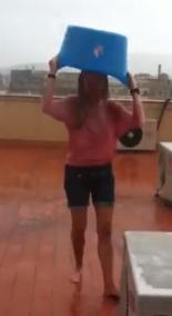 Captura de pantalla 2014 08 23 a las 10.54.24 Ice Bucket Challenge, para ayudar a la ELA o AdELA con sus donativos