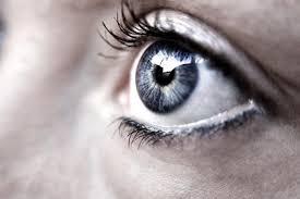 ojos12 Maquillaje en los ojos: consejos básicos para no perjudicar nuestra salud ocular