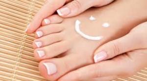 pies44 300x165 Pedicura y consejos para la belleza de los pies