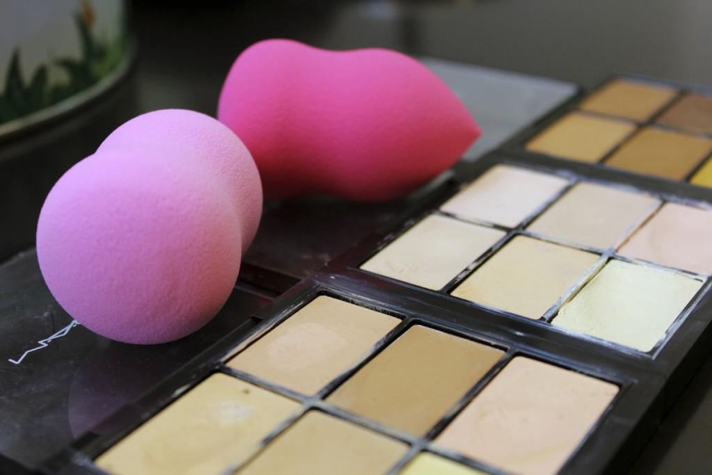Esther-Palma-Comunicacion-Mery-Make-Up-Clown-Contouring-tecnica-maquillaje-Beauty-Blender
